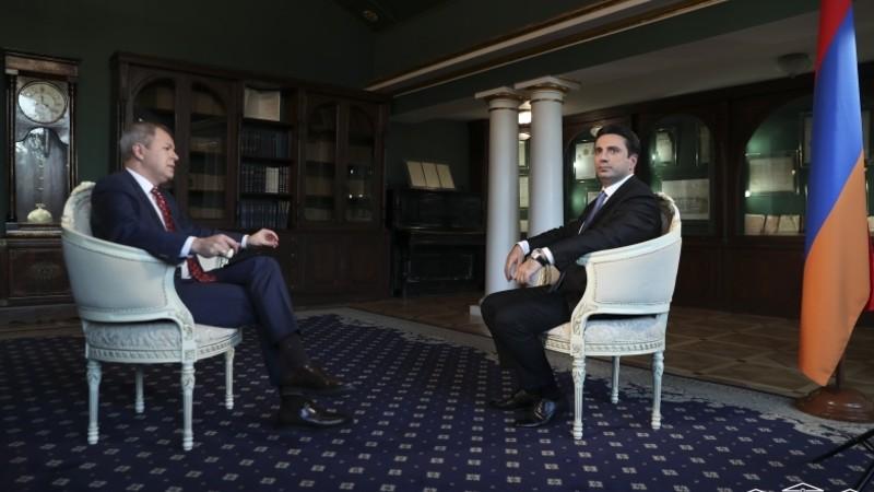 Ալեն Սիմոնյանի հարցազրույցը ռուսական «РБК» հեռուստաընկերությանը (տեսանյութ)