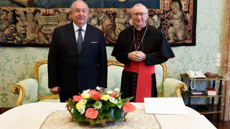 ՀՀ նախագահ Արմեն Սարգսյանը հանդիպել է Սուրբ Աթոռի պետքարտուղար Պիետրո Պարոլինի հետ