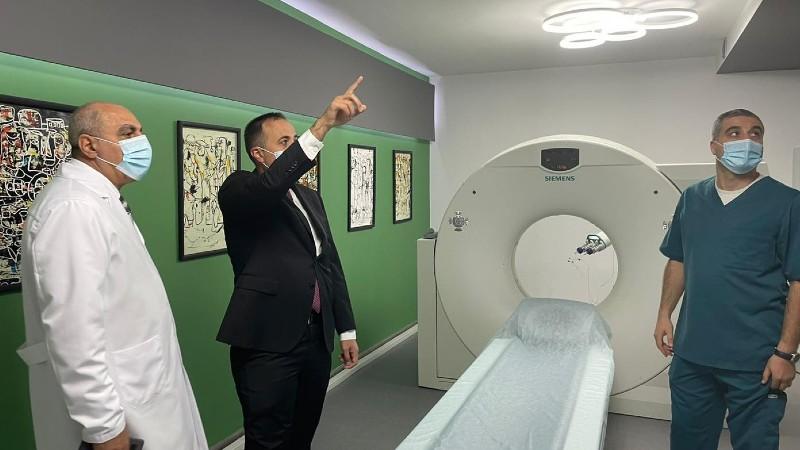 Արսեն Թորոսյանն այցելել է Գյումրու բժշկական կենտրոն