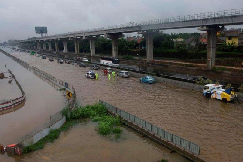 Ինդոնեզիայում ջրհեղեղի հետևանքով զոհերի թիվը հասել է 53-ի