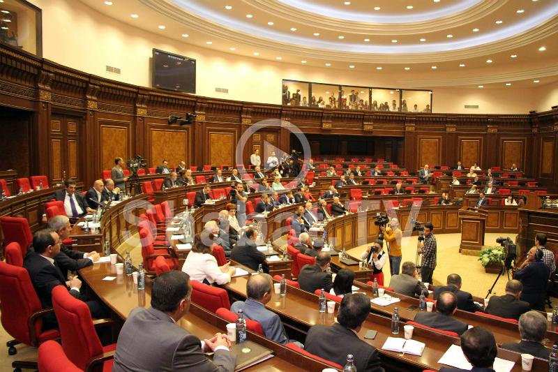 Ազգային ժողովի նիստն՝ ուղիղ միացմամբ