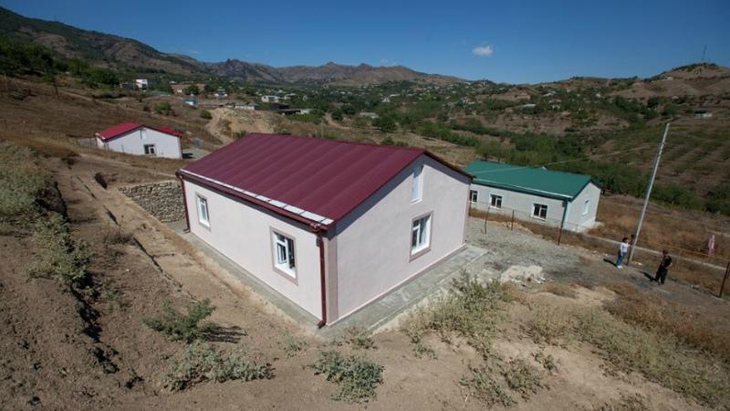 Արցախի կառավարության որոշմամբ՝ սեպտեմբերի 1-ից 5 միլիոն դրամ կտրամադրվի այն երիտասարդ ընտանիքներին, որոնք գյուղական համայնքներում տուն են կառուցում