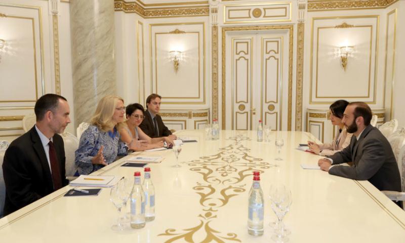 Կարևոր է Հայաստանի կառավարության համագործակցությունը ԱՄՆ ՄԶԳ հետ. Արարատ Միրզոյան