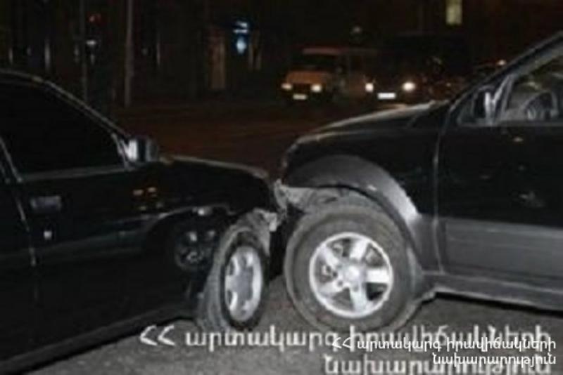 Սեբաստիա փողոցում բախվել է 4 ավտոմեքենա
