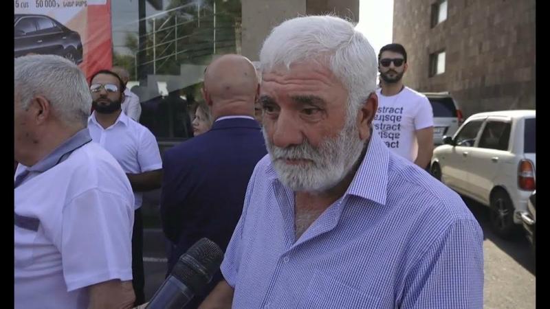 Երանի կտայի, որ իմ որդին խփվեր Ղարաբաղում, ոչ թե՝ Հայաստանի կենտրոնում. Վաչագան Ֆարմանյան