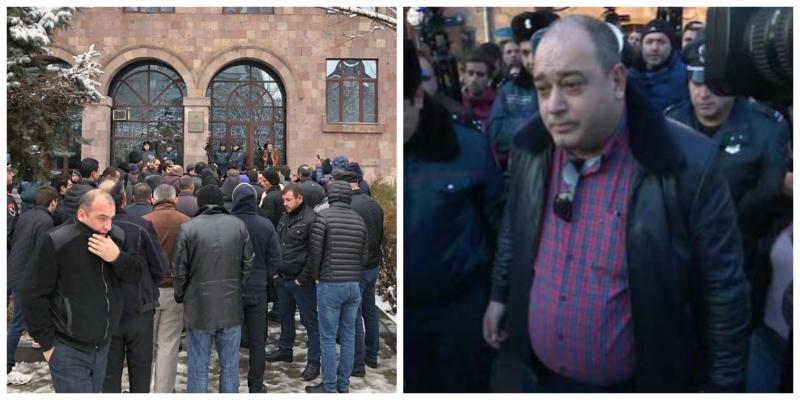 Ցուցարարները հաշտվեցին Մանվել Գրիգորյանի փաստաբանի հետ