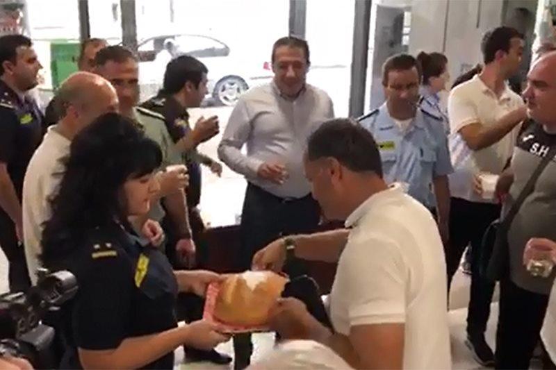 Ինչպես են Բագրատաշենի մաքսատան աշխատակիցները դիմավորել հաղթանակած «Արարատ-Արմենիային»