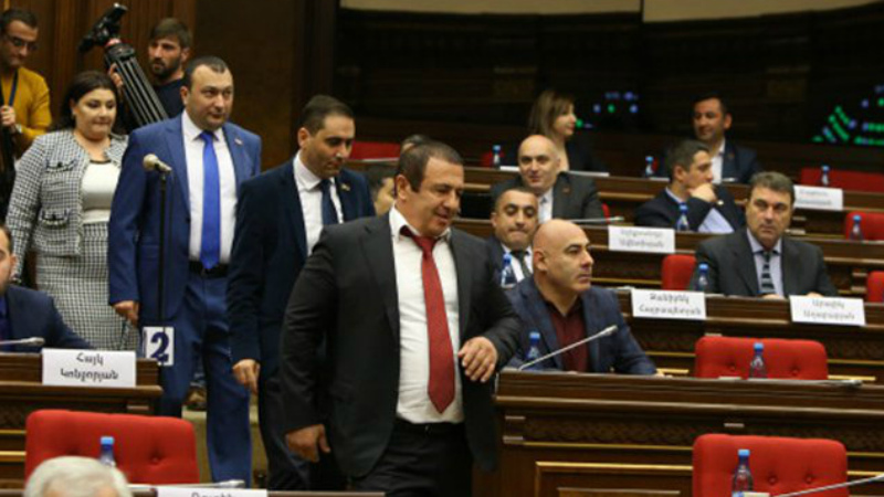 Ժամը 14:00-ին տեղի կունենա ԱԺ Բարգավաճ Հայաստան խմբակցության հատուկ նիստը