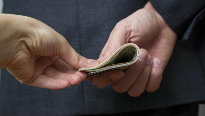 Ստեփանավանում ավագ դպրոցի տնօրենը ուսուցիչներից ստացել է շուրջ 2 մլն դրամ կաշառք (տեսանյութ)