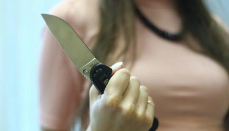 Մասիսում կինը դանակահարել է ամուսնուն