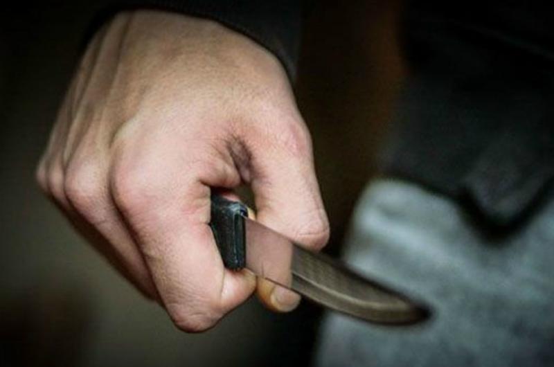 Լեռնավանում 32-ամյա տղամարդը դանակով 3 անգամ հարվածել է 21-ամյա համագյուղացու թիկունքին. վերջինիս վիճակը ծանր է