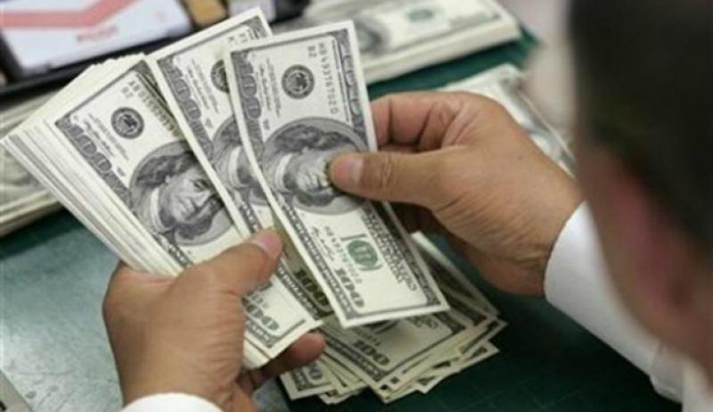 Դոլարը շարունակում է թանկանալ