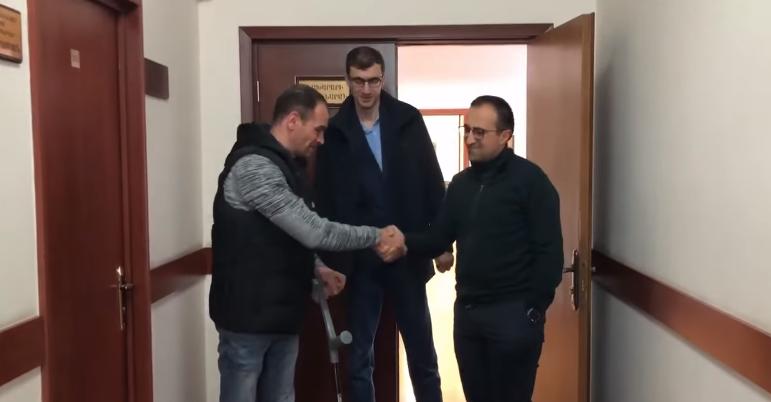 Ապրիլյանի մասնակից Հայկ Սեխլիյանը Գերմանիայից դրական բուժական արդյունքներով է վերադարձել. Արսեն Թորոսյան (տեսանյութ)