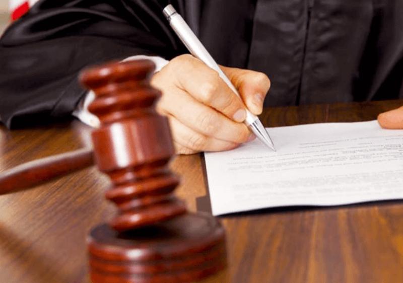 «Ժամանակ». Մի խումբ դատավորներ սկսել են բանակցել իշխանության հետ. նրանք պատրաստ են հրաժարական տալ, եթե իրենց ունեցվածքին չկպնեն