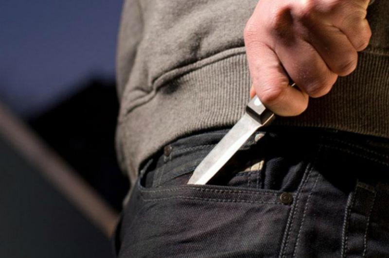 Գերեզմանում վիճաբանության ժամանակ 18-ամյա երիտասարդը դանակահարել է 16-ամյա պատանուն