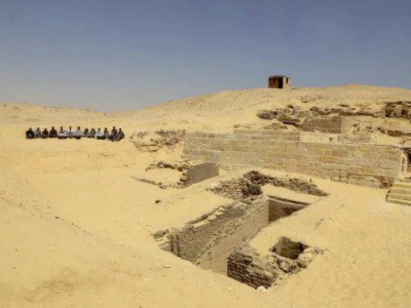 Գիզայի բուրգերի շրջանում հայտնաբերվել է 4500 տարեկան դամբարանատեղի