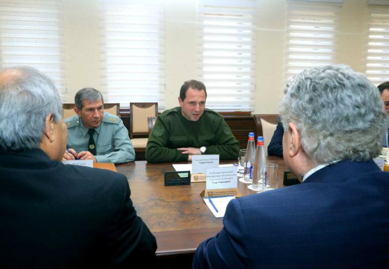 Դավիթ Տոնոյանը հանդիպել է ՌԱԿ ներկայացուցիչների հետ
