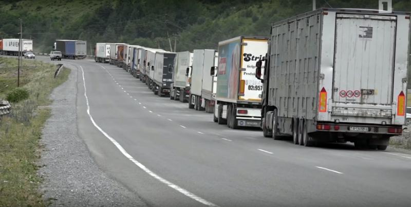 Լարսի անցակետում ռուսական կողմից հերթը կազմում է մոտ 4 կմ, անցակետում գտնվում է մոտ 60 բեռնատար․ փոխնախարար