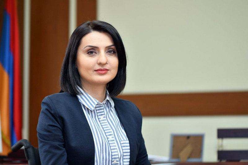 Զարուհի Բաթոյանը շնորհավորել է սոցիալական աշխատողներին