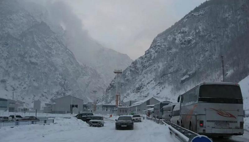 Ստեփանծմինդա–Լարս ավտոճանապարհը բաց է միայն մարդատար տրանսպորտային միջոցների համար