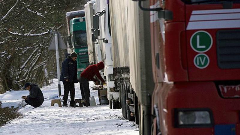 Ստեփանծմինդա-Լարս ավտոճանապարհը փակ է միայն կցորդիչով բեռնատարների համար. ռուսական կողմում կա կուտակված 1000-ից ավելի բեռնատար