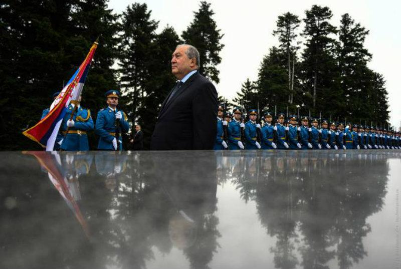 Արմեն Սարգսյանը Սերբիայում հարգանքի տուրք է մատուցել Անհայտ զինվորի հիշատակին