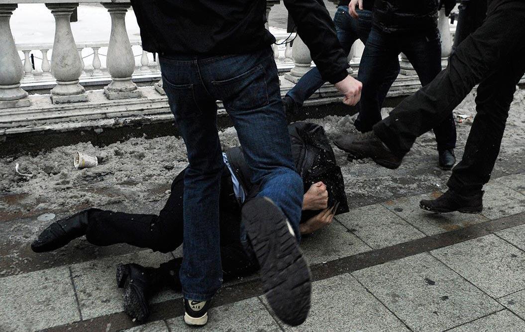 Ծեծկռտուք Երևանում. մասնակիցների թվում են դասախոս, մանկապարտեզի մանկավարժ, դպրոցականներ ու ուսանողներ