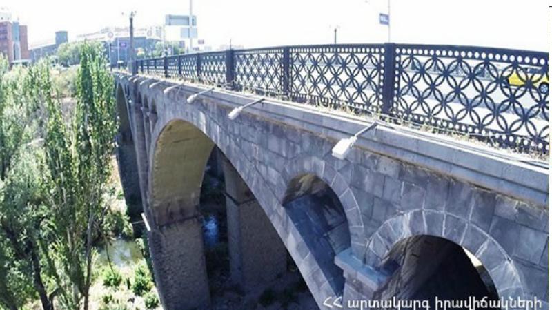 Ինքնասպանության փորձ․ Հաղթանակի կամրջից քաղաքացի է նետվել