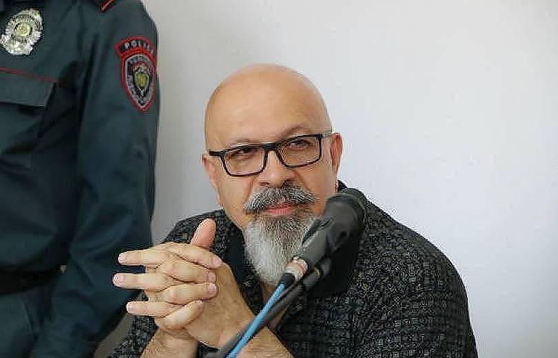 Դատարանի որոշմամբ՝ Կարո Եղնուկյանը գրավի դիմաց ազատ կարձակվի