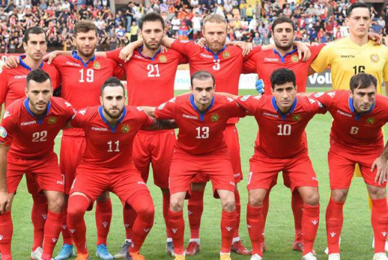 Աբրահամ Խաշմանյանը հավաքական է հրավիրել 24 ֆուտբոլիստի