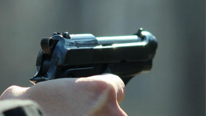 Գորիսում երկու տղամարդ վիճել են կենցաղային հարցերի շուրջ, ինչի արդյունքում մեկը կրակել էր մյուսի ուղղությամբ