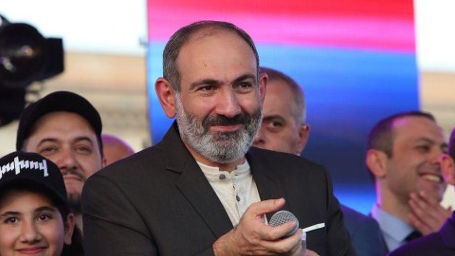 «Հայաստանի արագ փոխակերպումը. հեղաշրջու՞մ, հեղափոխությու՞ն, թե հակահեղափոխությու՞ն». թուրք վերլուծաբան