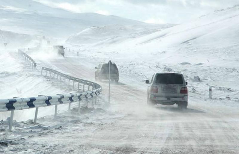 Ապարանի ավտոճանապարհներին և Դիլիջանի ոլորաններում ձյուն է տեղում