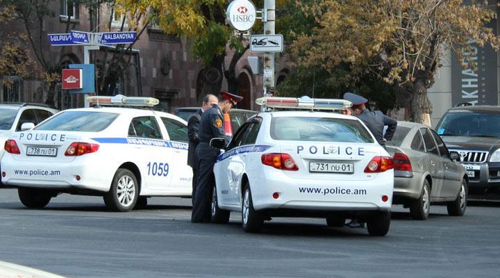Երկու օրում ճանապարհային ոստիկանության հատուկ պահպանվող տարածքներ է տեղափոխվել 96 տրանսպորտային միջոց
