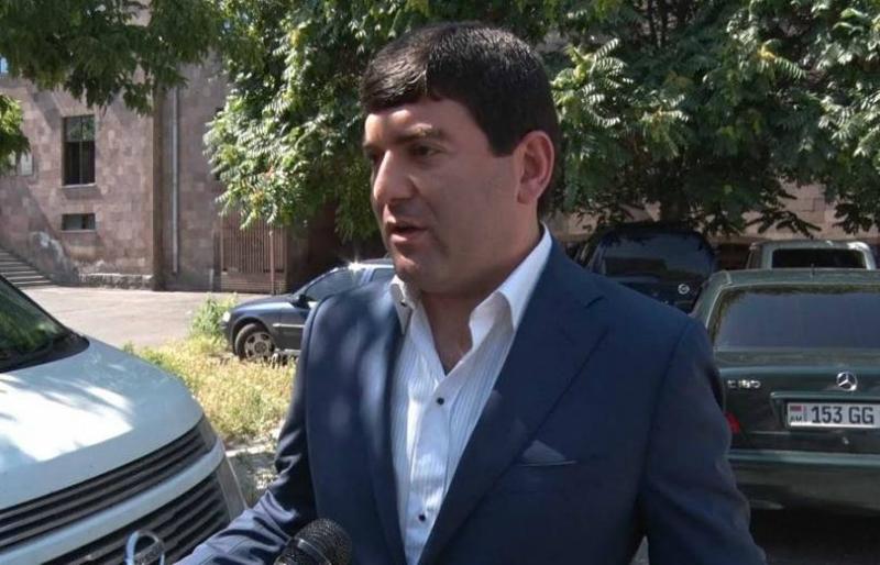 Մասիսի քաղաքապետի նկատմամբ «Էրեբունիի գործով» քրեական հետապնդումը դադարեցվել է, բայց նա մնում է մեղադրյալ