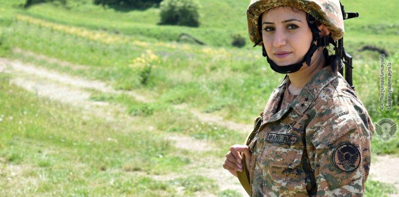 Հանդիպում Տավուշի մարզի զորամասերից մեկի կին զինծառայողների հետ