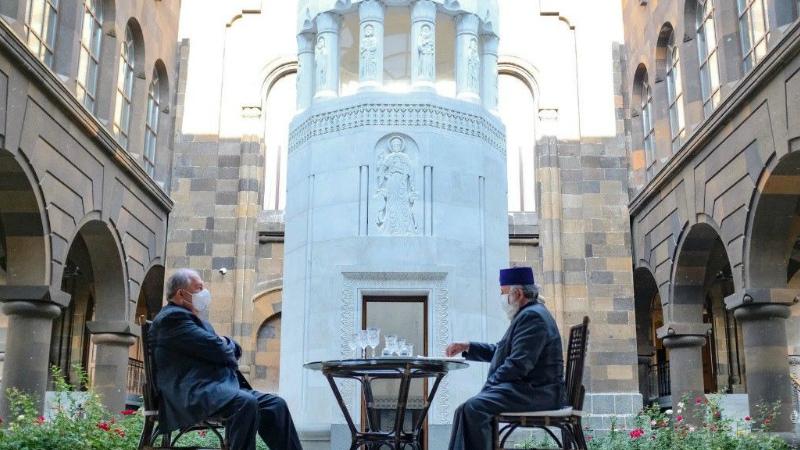 Նախագահ Սարգսյանը շնորհավորել է Գարեգին Բ-ին
