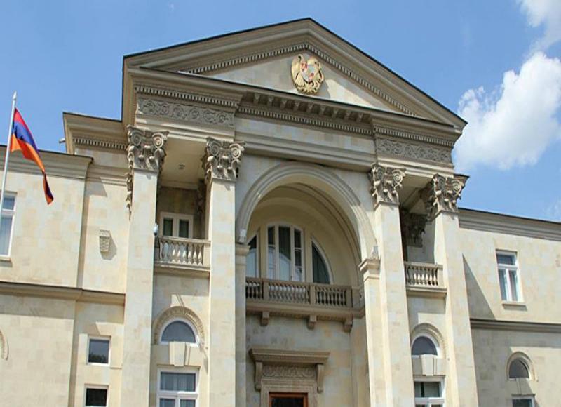 Արմեն Սարգսյանը որոշել է ազատվել Բաղրամյան 26-ի ոսկեզօծ ինտերիերից. Հրաժարվում է Փաշինյանի կաբինետից․«Հրապարակ»