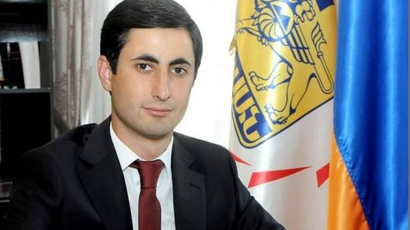 Շենգավիթի թաղապետը հավաքել է մանկապարտեզների տնօրեններին, ապա ոստիկանների է կանչել. Forrights.am