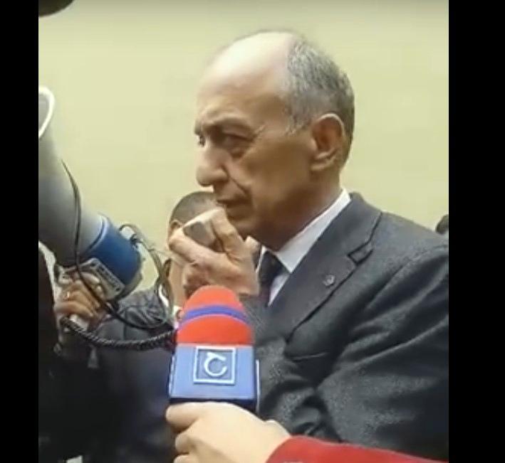 «Հեռացիր». ցուցարարները սուլեցին ՇՊՀ ռեկտորի ելույթի ժամանակ և թույլ չտվեցին  նրան խոսել (տեսանյութ)