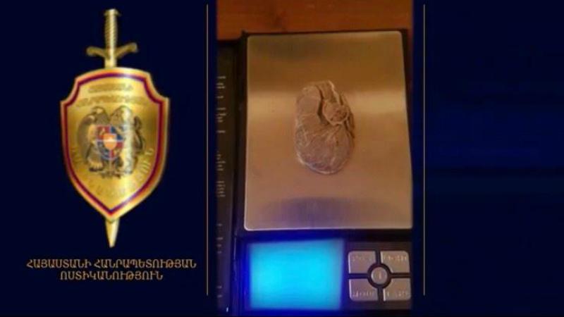 Ոստիկանները բացահայտել են հերթական «թմրաշղթան»․ հայտնաբերվել է մի քանի կիլոգրամ հերոին ու հրազեն