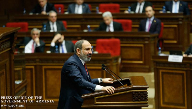 Հայաստանի ամբողջ տնտեսությունը կամ ախպեր ա, կամ ախպոր ախպեր ա. Փաշինյան