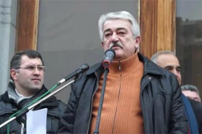 Ազատ է արձակվել քաղաքագետ Արկադի Վարդանյանը