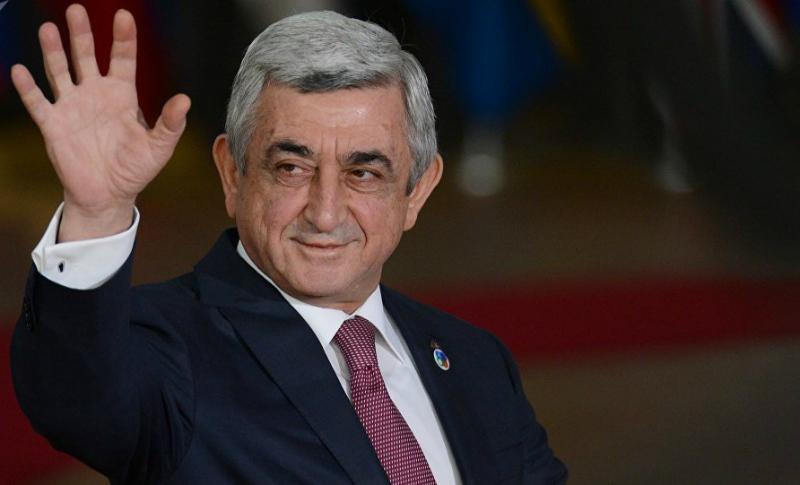 Սերժ Սարգսյանը՝ ՀՀԿ նոր սերնդի հետ. «Հրապարակ»