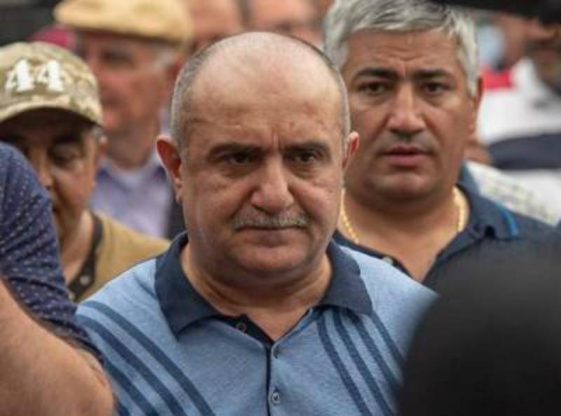 «Ժողովուրդ». Սամվել Բաբայանի կողմնակիցների ուղղությամբ կրակոցներն իրականում ուղղված էին Մարտակերտի քաղաքապետի որդուն