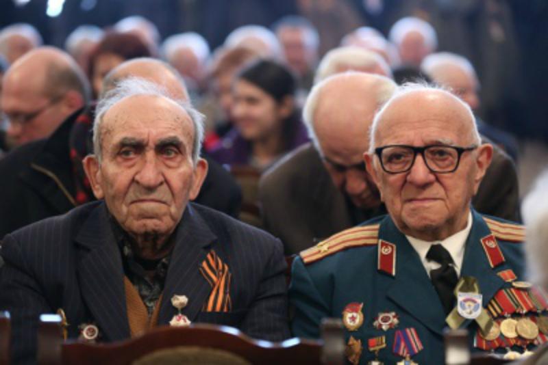Կառավարությունն առաջարկում է Հայրենական մեծ պատերազմի վետերանների ամենամսյա պատվովճարի չափը 50-ից դարձնել 100 հազար դրամ