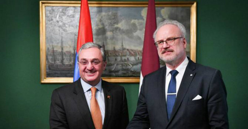 Քննարկվել են դատաիրավական համակարգում կատարվող փոփոխությունները. Մնացականյանը հանդիպել է Լատվիայի նախագահին