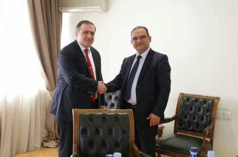 Տիգրան Խաչատրյանը Վրաստանի դեսպանի հետ քննարկել է տնտեսական փոխգործակցության ամրապնդման հնարավորությունները