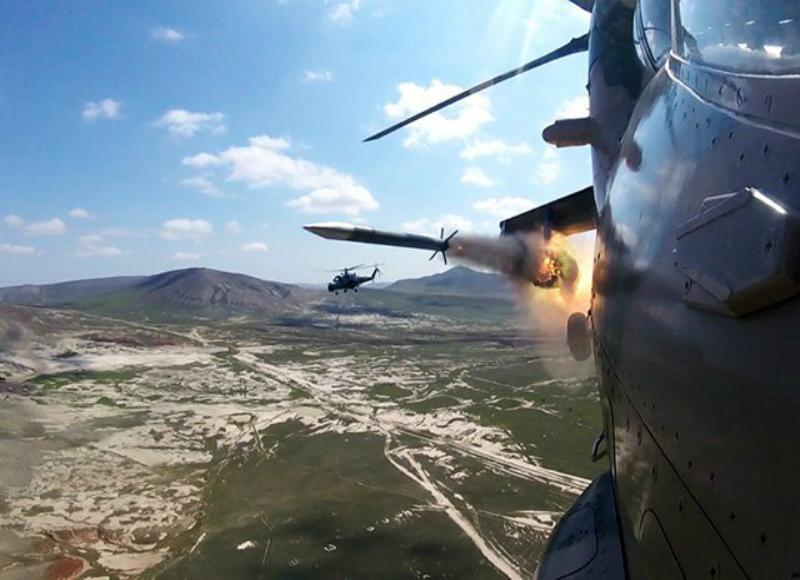 Ադրբեջանի ՌՕՈւ ուղղաթիռները վարժանքներ են անում