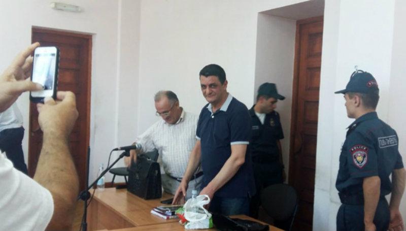 «Հայբիզնեսբանկի» նախկին նախագահ Արա Կիրակոսյանն ազատ է արձակվել